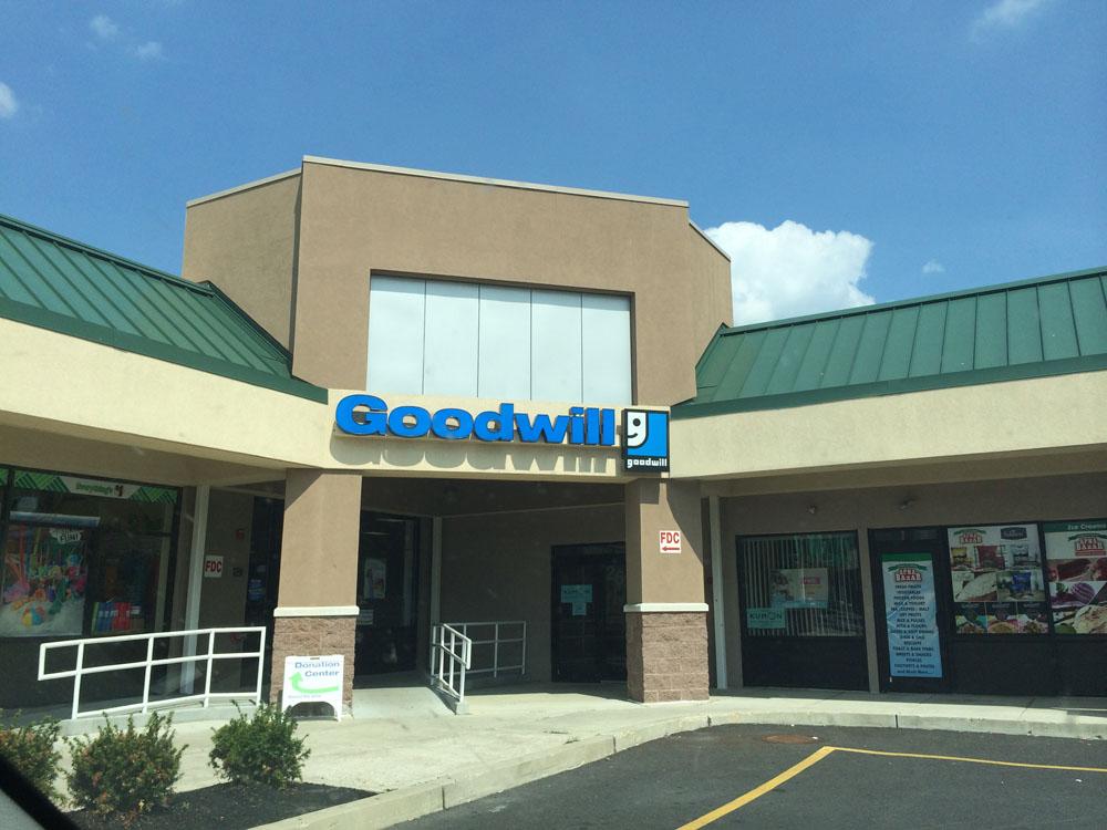 Goodwill Store Amp Donation Center 2637 Street Rd Bensalem