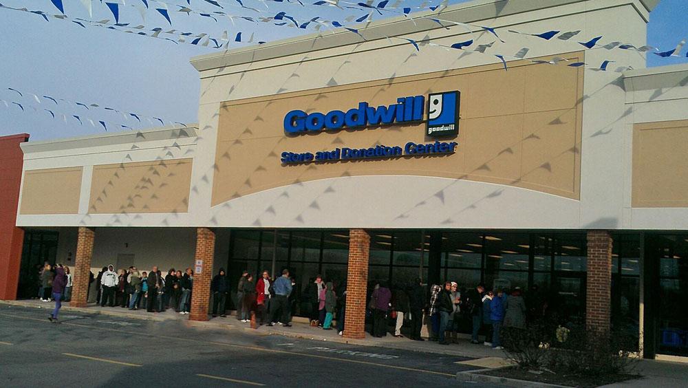 goodwill store  u0026 donation center 901 e main st palmyra  pa
