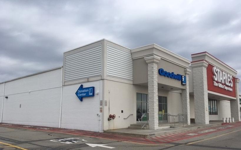 Goodwill Store Donation Center 965 Loucks Rd York Pa 17404